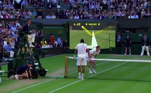 Sitem pelacakan mata elang dalam tenis